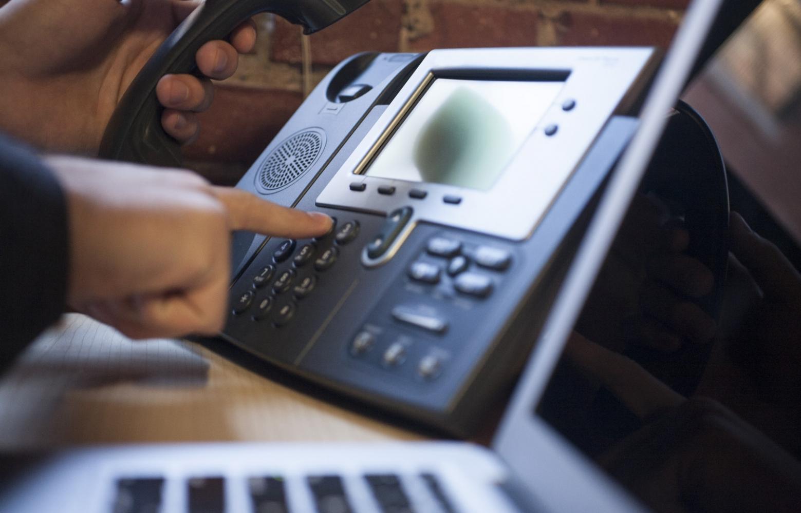 dialing-phone-3